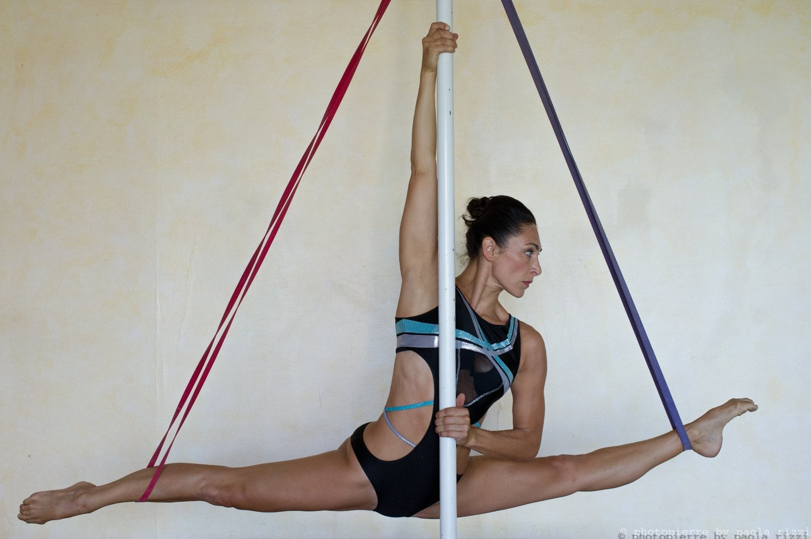 debora-maida-pole-dance-2014-0237